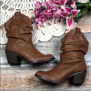Western-style  Brooks 11 Brown Slouch Boots